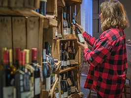 Beberse el viñedo en pleno Chamberí