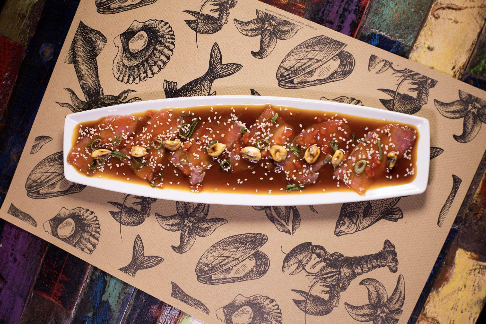 Tiradito de atún con salsa 'nikkei'. Foto: 'Cevitxef'.