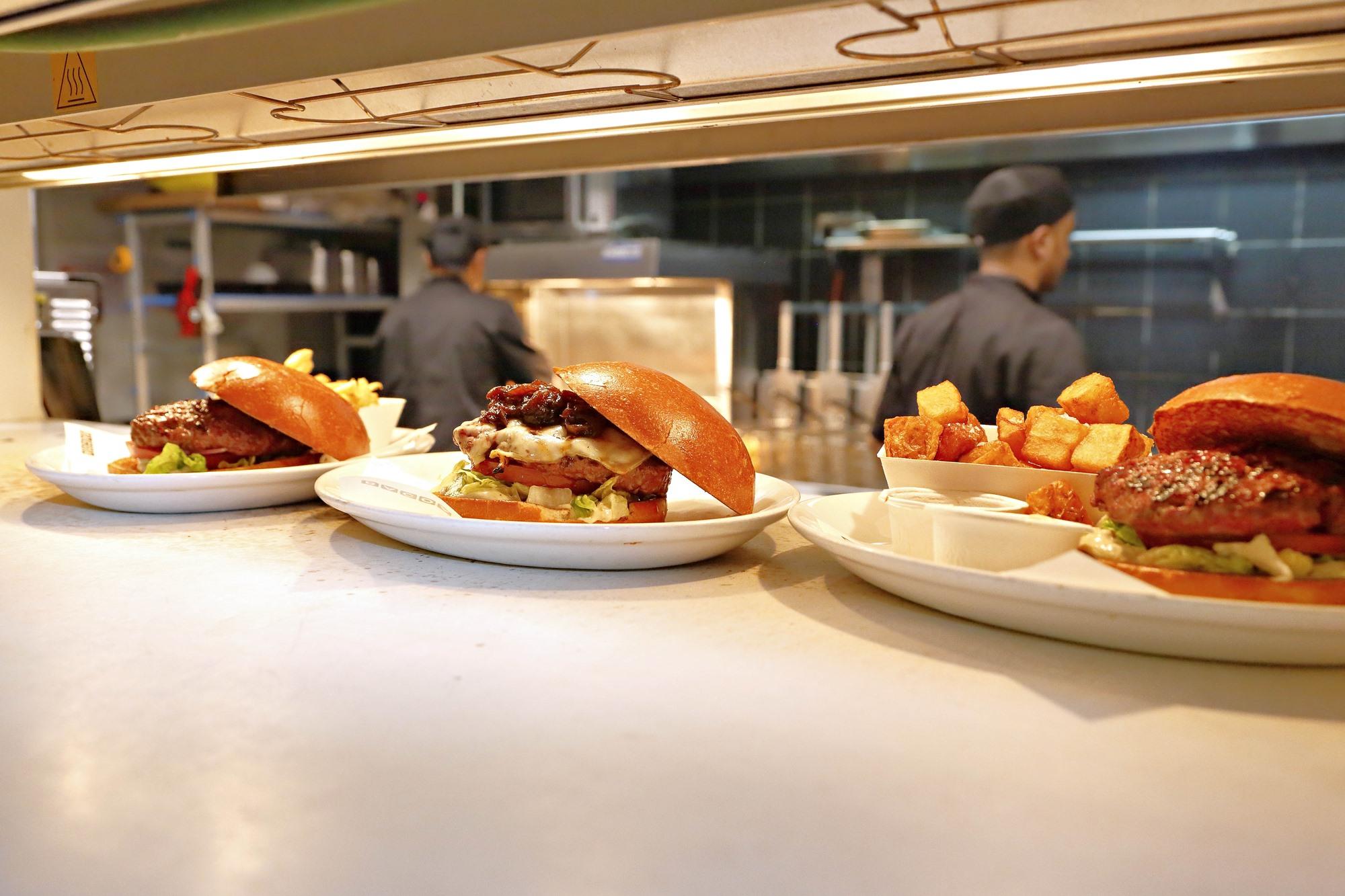 Y puestos a hablar de hamburguesas, no podían faltar las de 'Bacoa'. Foto: Roberto Ranero.