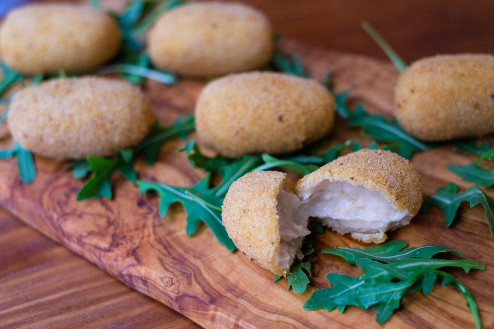 Nina Pasta Bar: croquetas de parmigiano reggiano