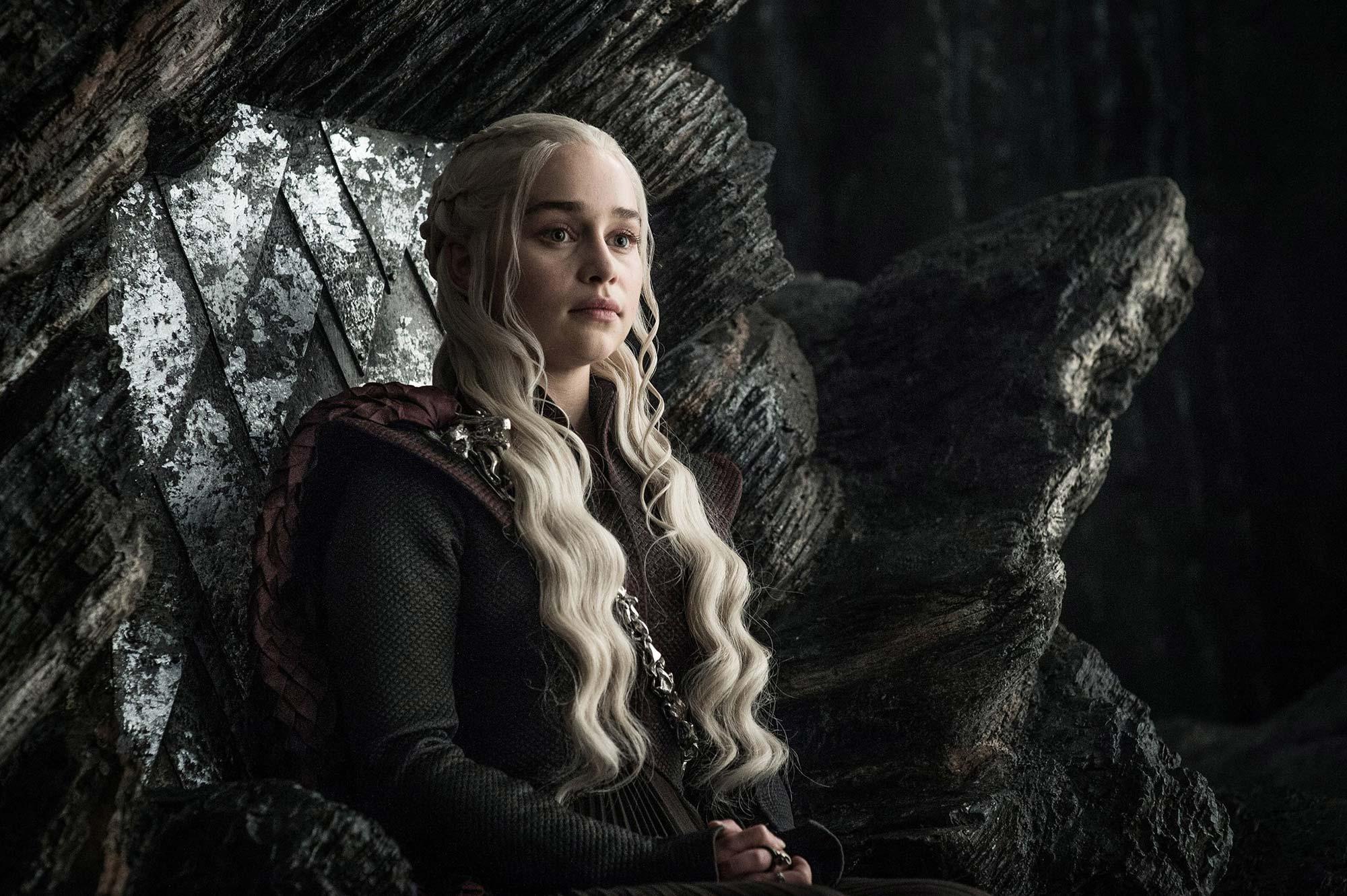 Daenerys Targaryen en el trono