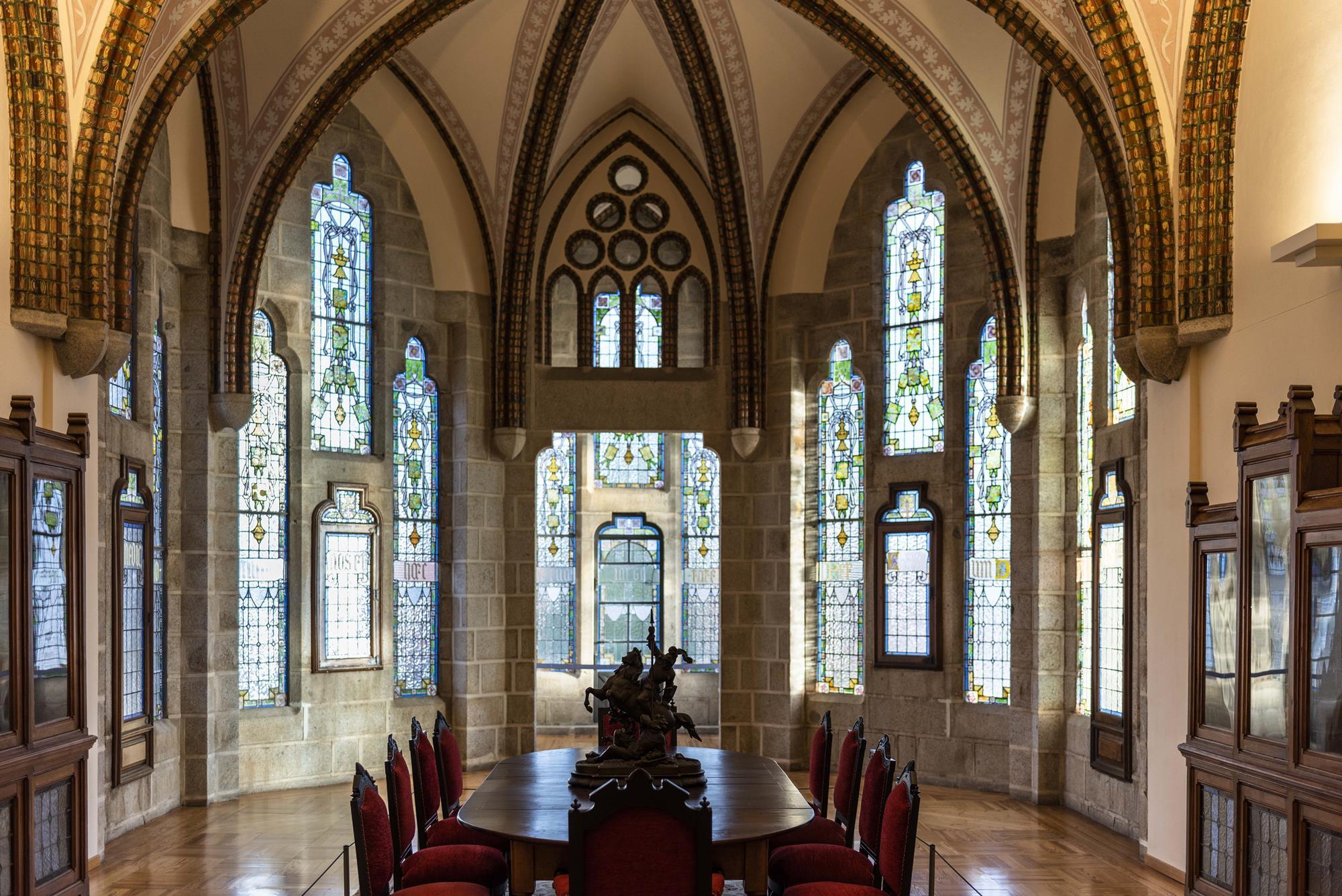 El comedor de Gaudí para el obispo Grau, tan de Reus como el artista.