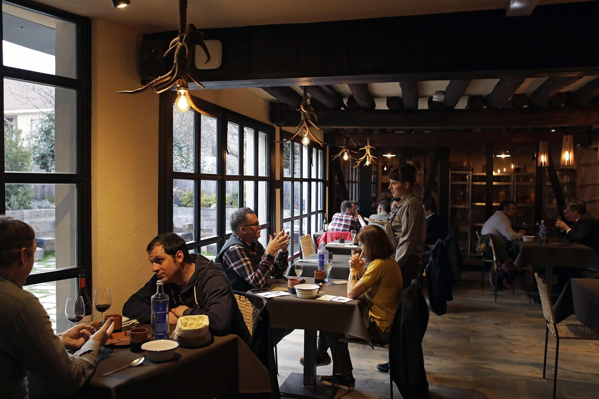 La respuesta ante la apertura del local ha sido muy positiva: el comedor se llena cada día.