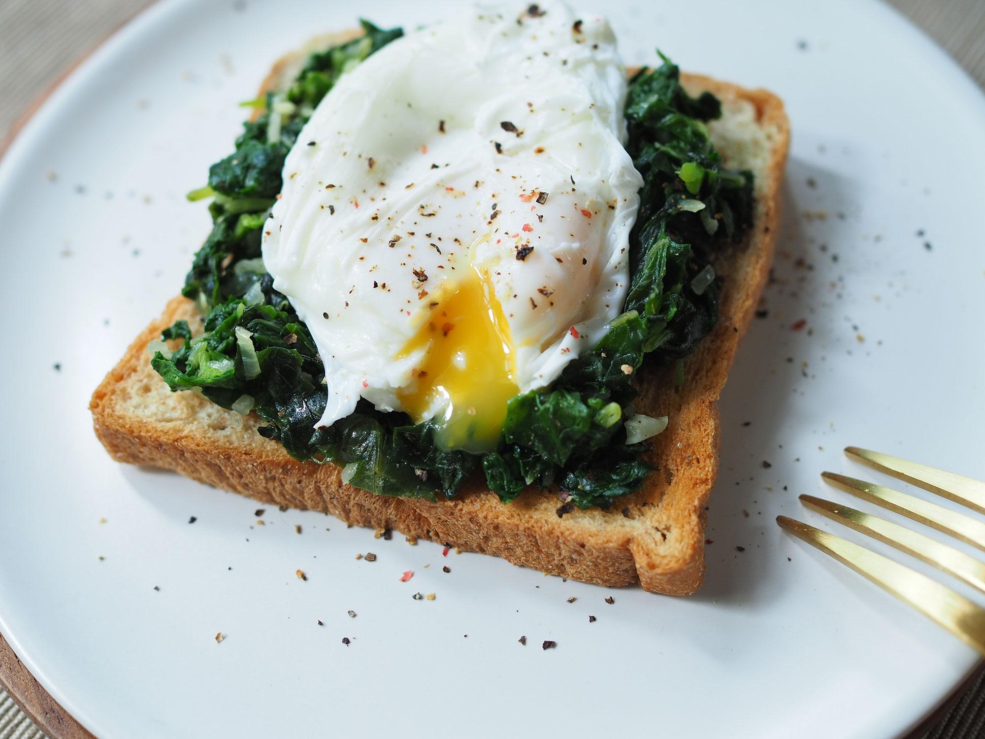 Los huevos siempre han tenido fama de ser una buena cura para las resacas. Foto: Shutterstock.