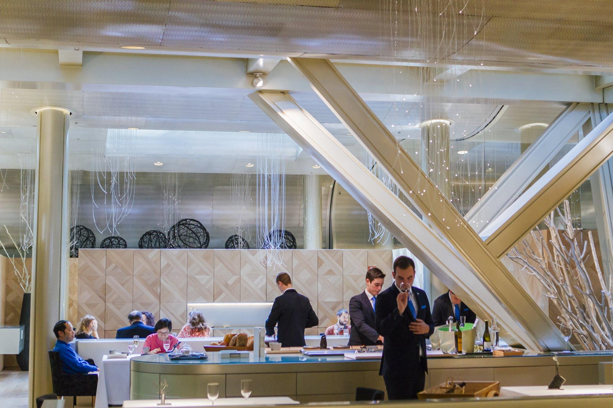 La luminosa sala de Lasarte en el 'Monument Hotel' de Barcelona, en la que nada queda al azar.