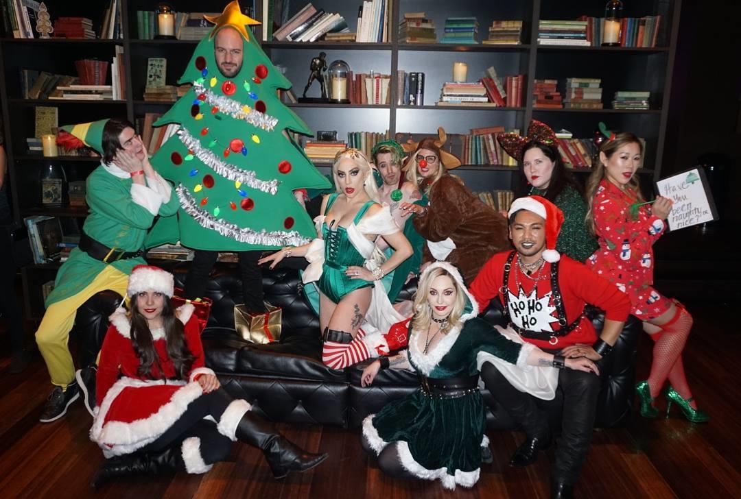 Lady Gaga es especial también para celebrar la Navidad. Foto: Facebook Lady Gaga