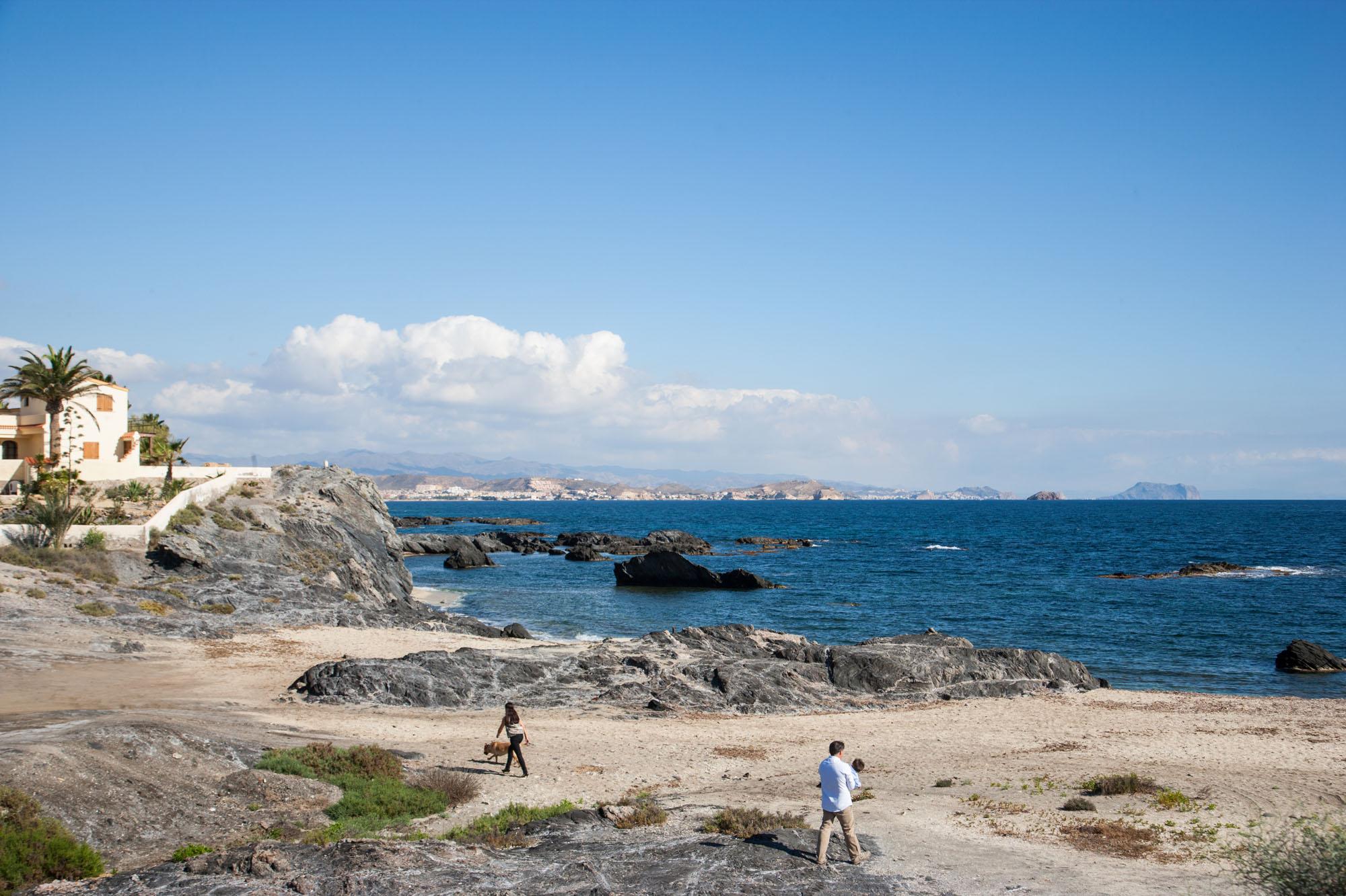Cala Panizo es una playa familiar debido a su fácil acceso.