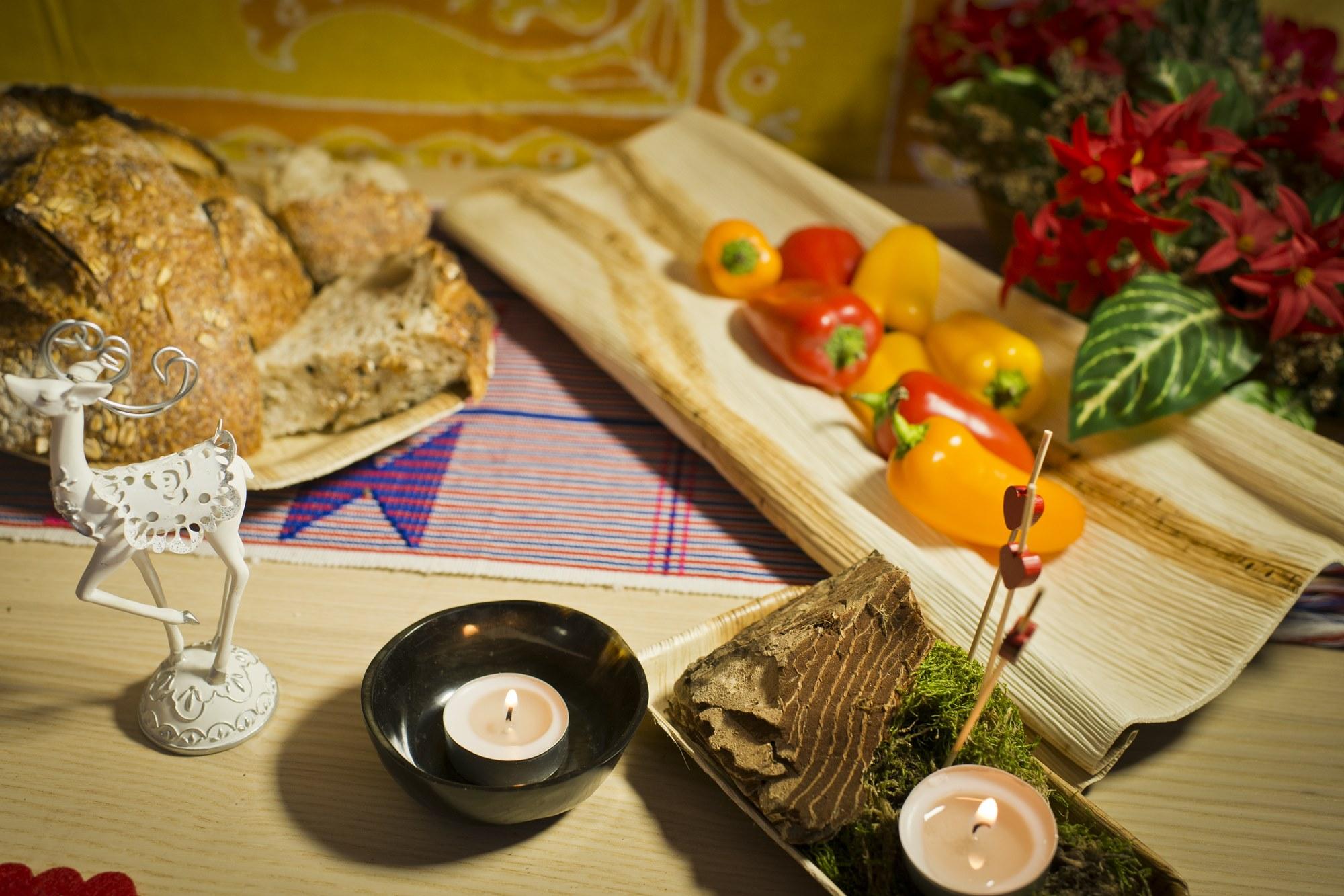 Según qué hortaliza se use, puede dar un alegre color a la mesa.