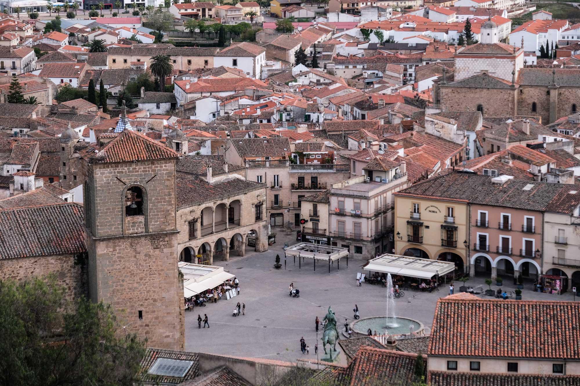 Vista parcial de la Plaza Mayor desde el Mirador de la Monja.