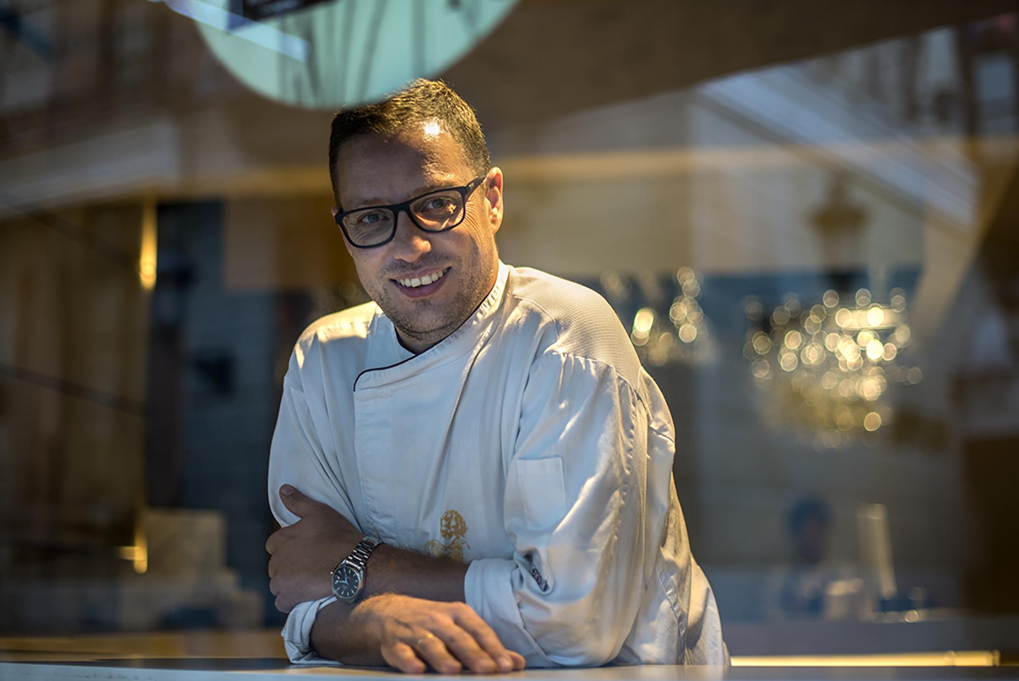 El chef Teo Rodríguez, viajero fuera y dentro de la cocina.