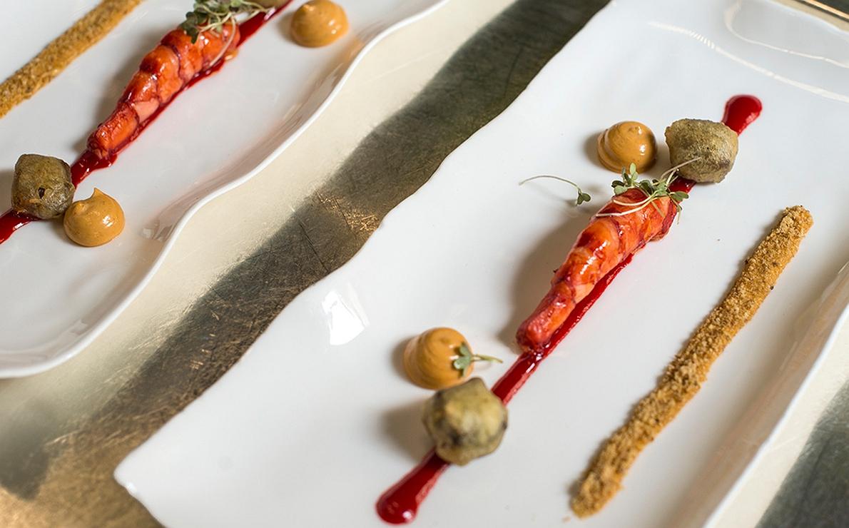 Carabinero con maíz y meloso de cerdo Ibérico, del restaurante 'Atrio', en Cáceres (3 Soles Repsol).