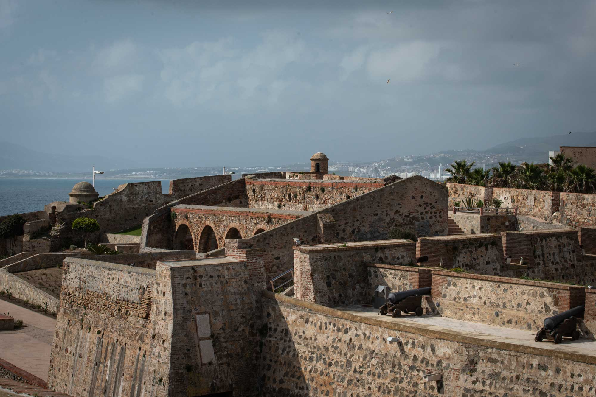 Vista de las Murallas Reales de Ceuta.