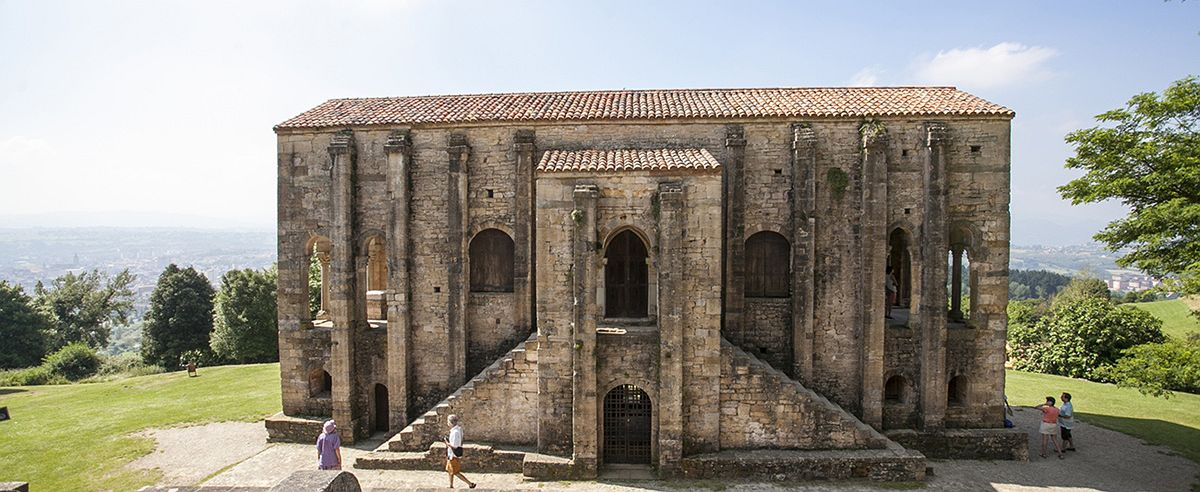 Rutas literarias: Santa María del Naranco (Asturias) por Edith Wharton y Cees Nooteboom