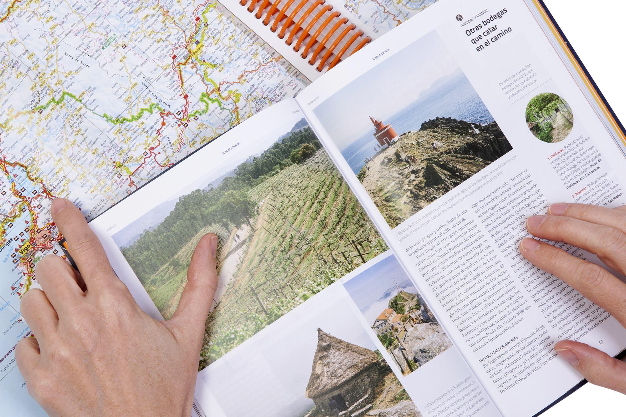 Guías de carreteras, un placer para los amantes del papel. Foto: Guía Repsol.