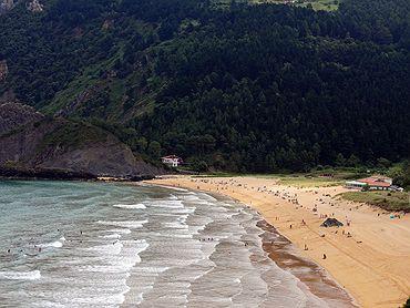 Ruta por la Reserva Biosfera de Urdaibai (País Vasco)