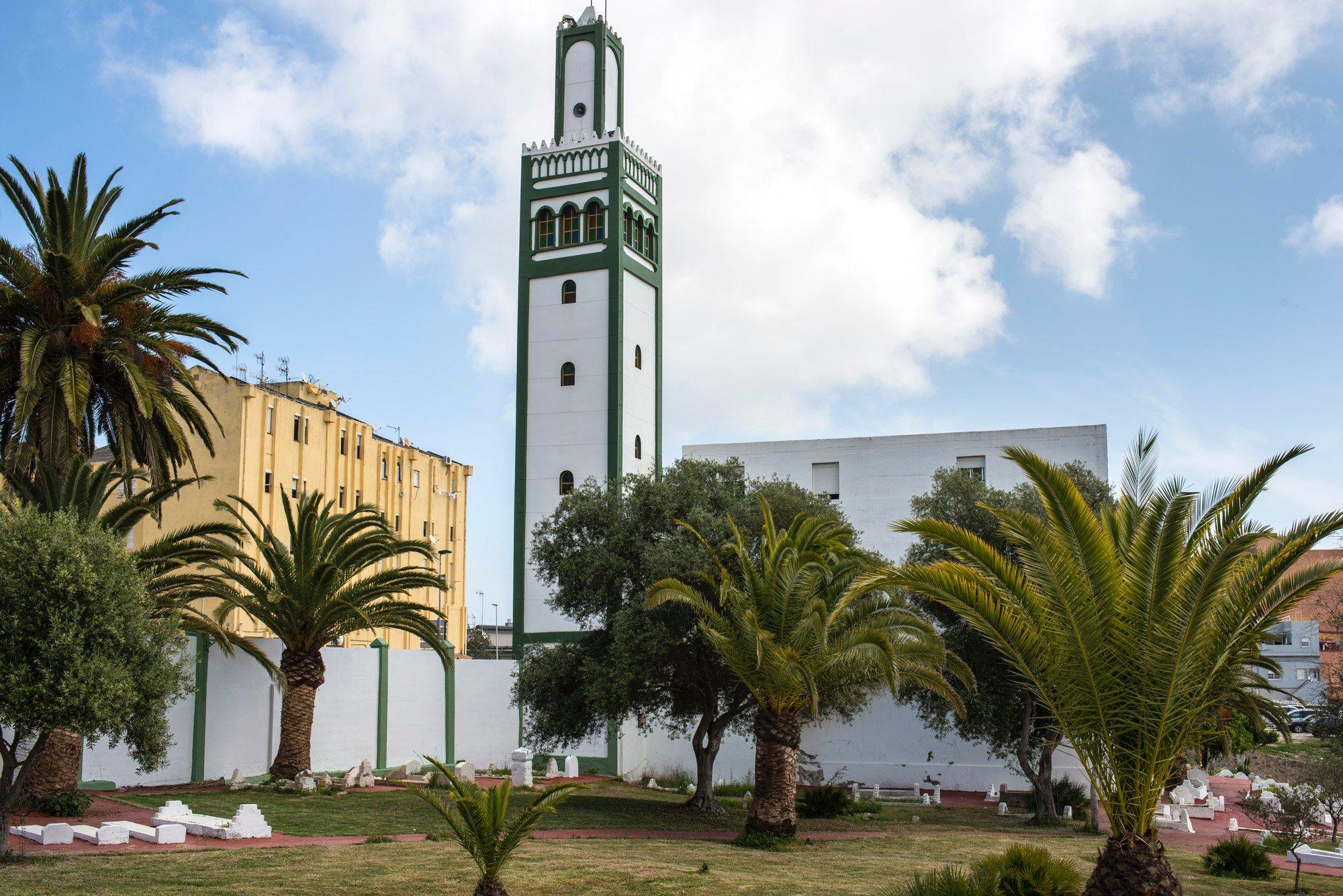 Ceuta musulmana: mezquita y cementerio de Sidi Embarek