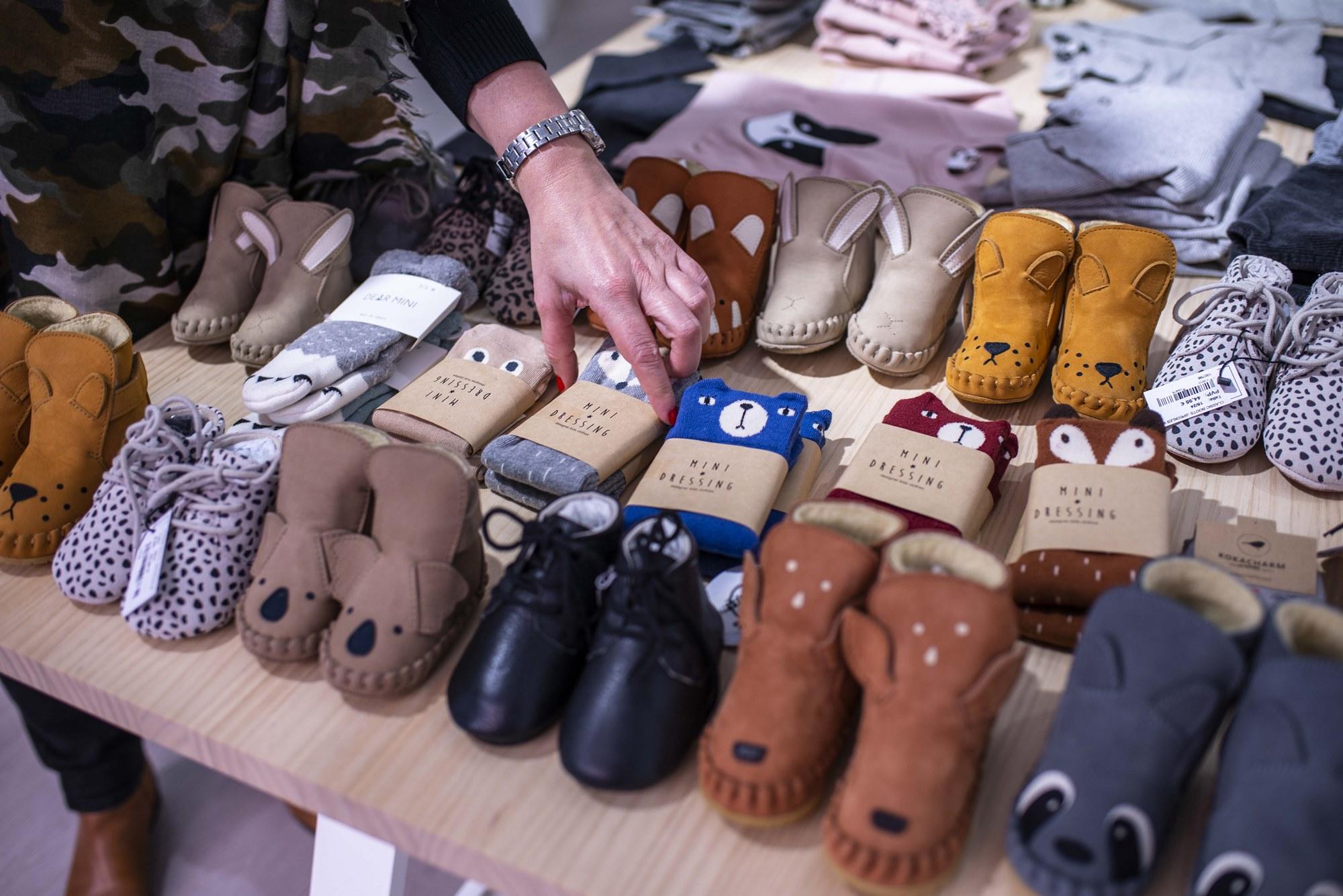 Los patucos, prenda típica para regalar a los bebés, con un enfoque distinto.