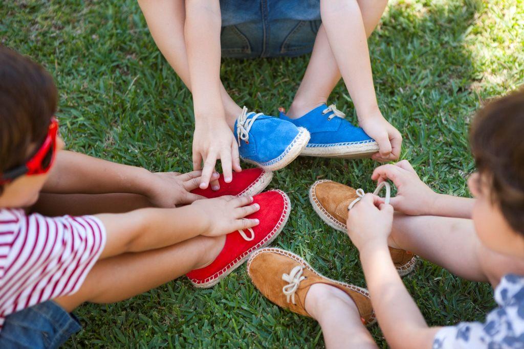 Las líneas para niños, todo un acierto sobre todo con la llegada del buen tiempo. Foto: Pinterest Abarca Shoes.