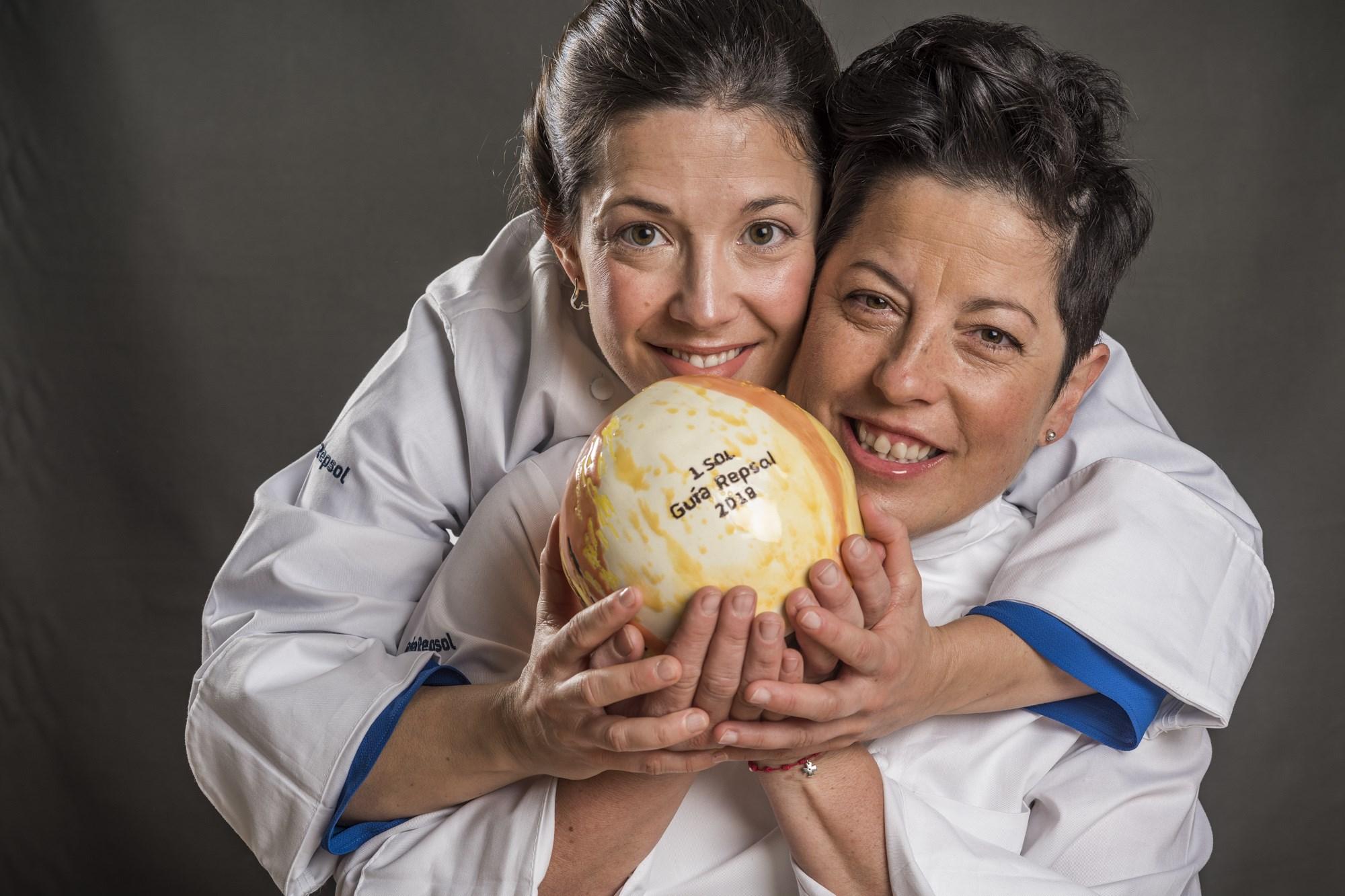 Marian Reguera y Carmen Moragrega (Taberna Verdejo)
