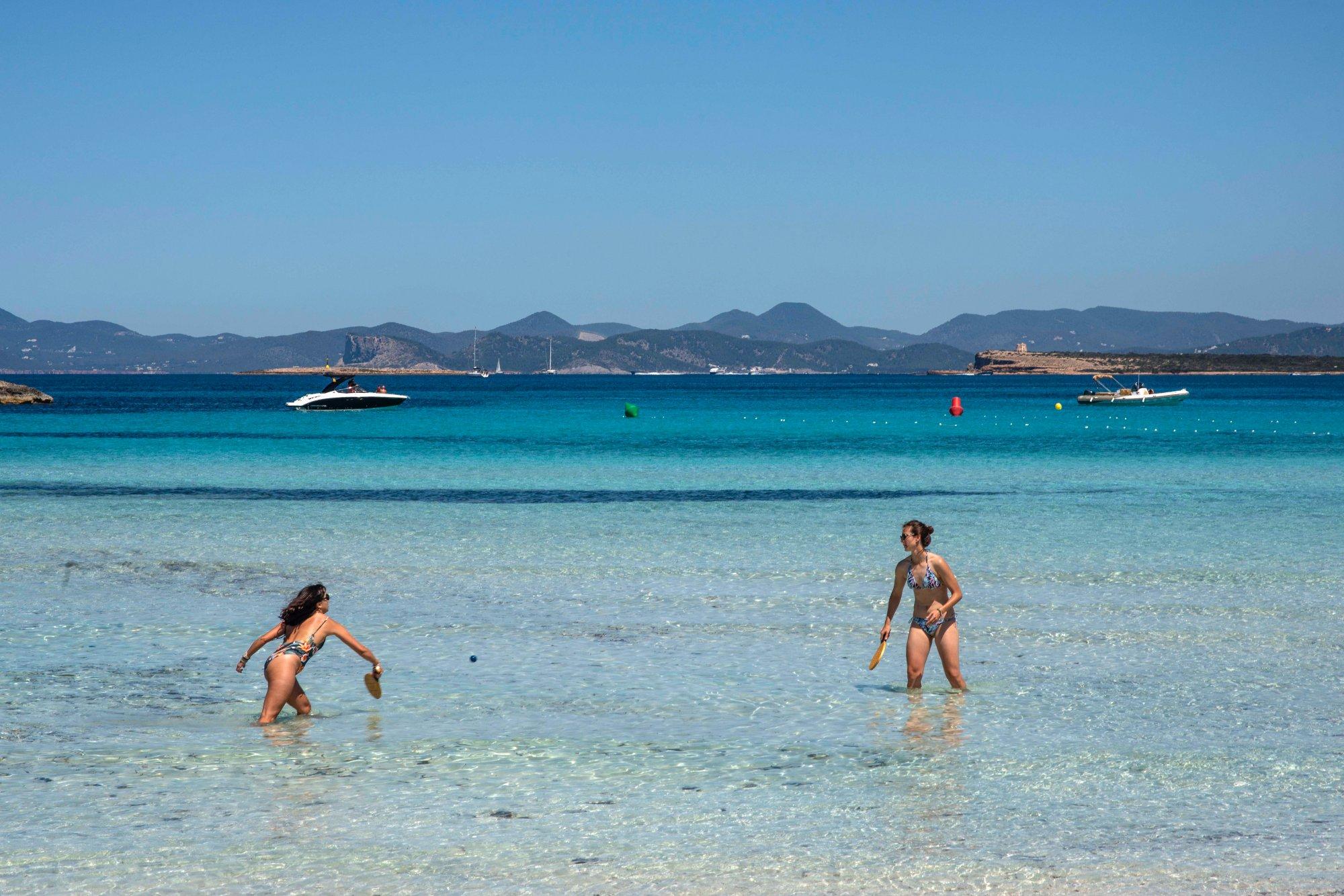 4 Playas Ideales De Formentera Illetes Migjorn Cala Baster Y