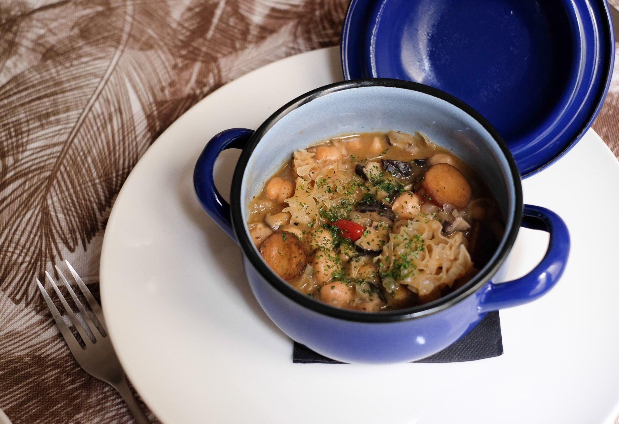 Callos vegetales: el plato madrileño por excelencia en modalidad sin carne.