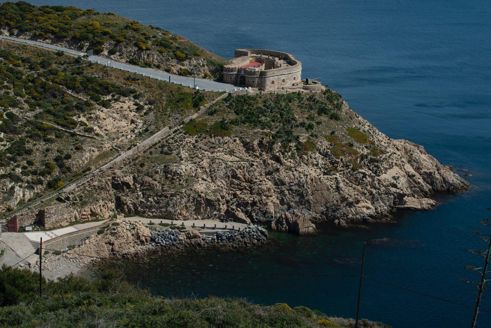 Miradores de Ceuta: Castillo del Desnarigado y cala de la Pota