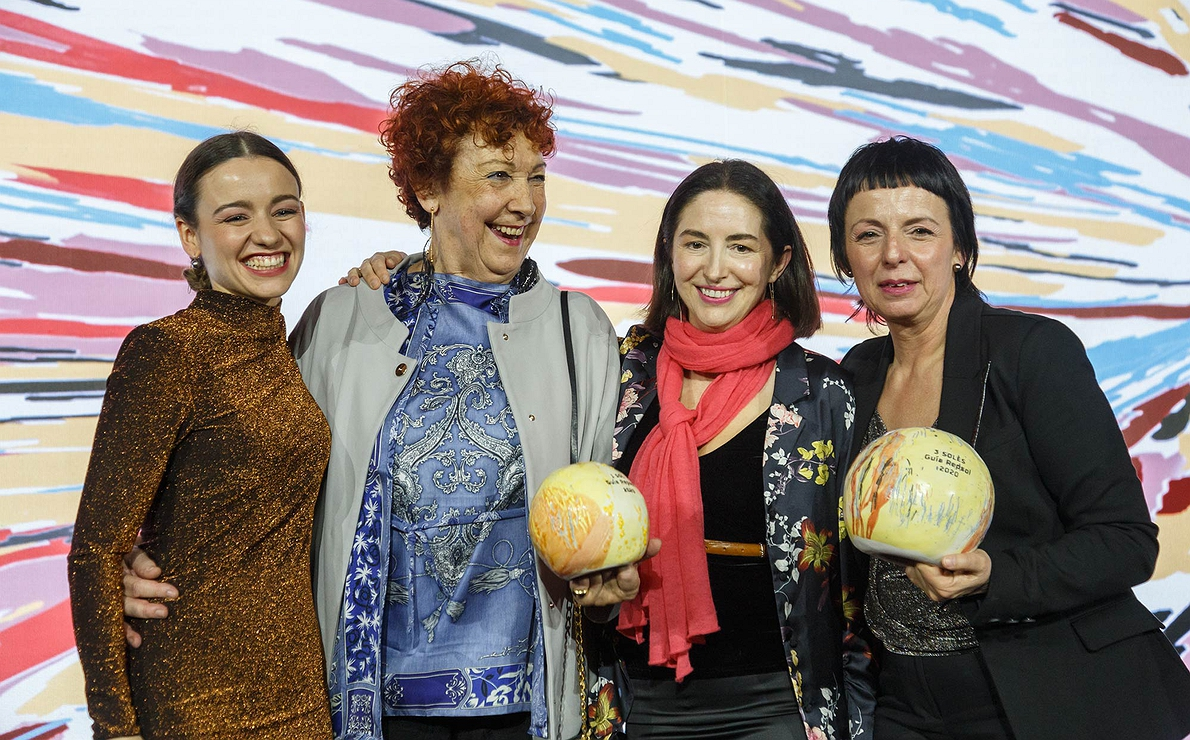 Photocall Gala Soles Guía Repsol - Martina, Amaia, Elena Arzak y Fina
