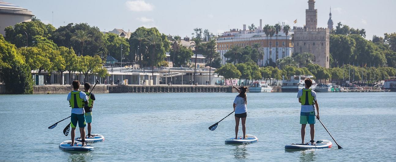 'Paddle Surf Sevilla': recorridos por el Guadalquivir