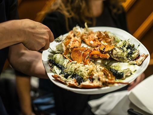 'Elkano': restaurante con cocina marina a la brasa en Getaria (Guipúzcoa)