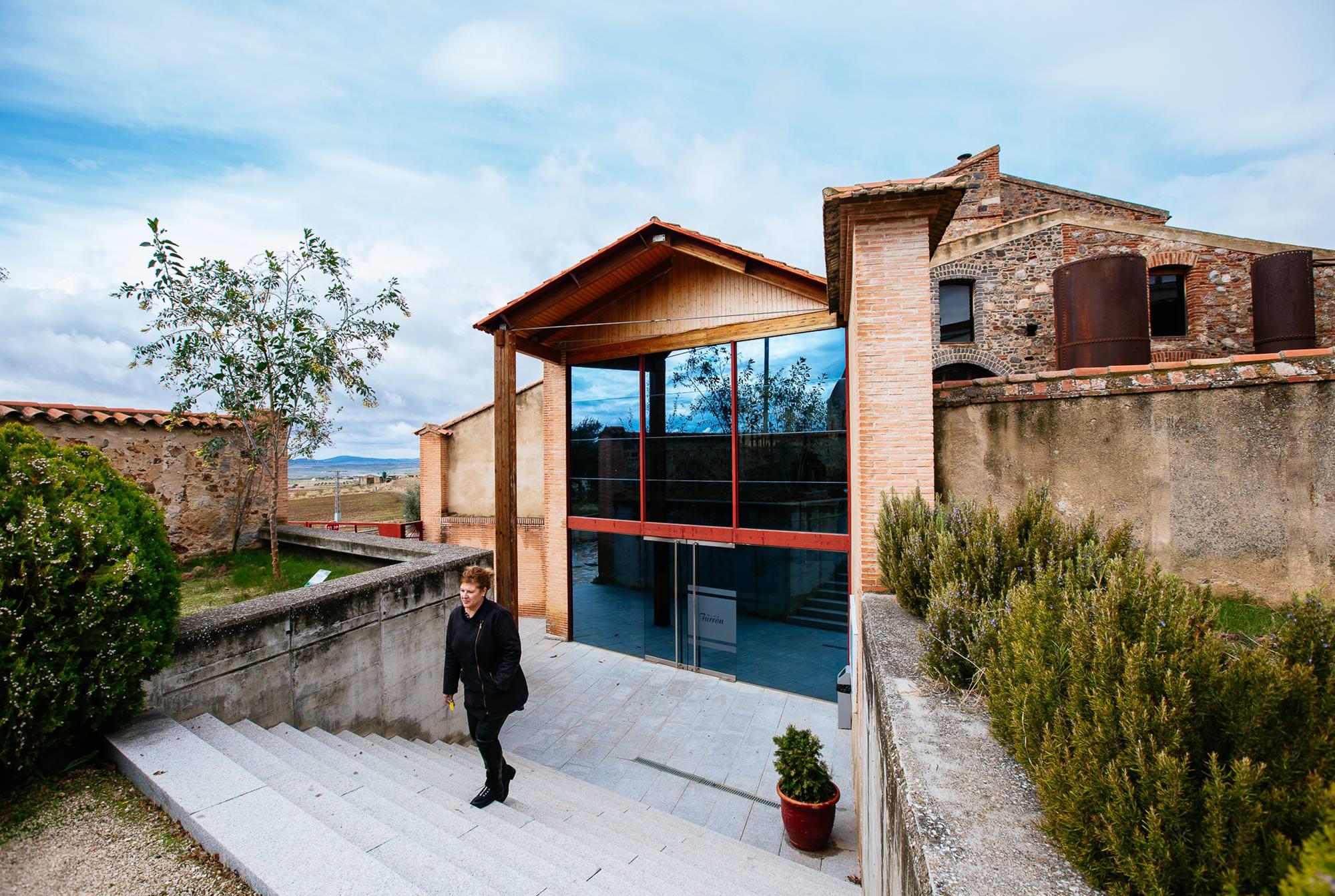 El museo, emplazado en la imponente fábrica de harinas del pueblo.