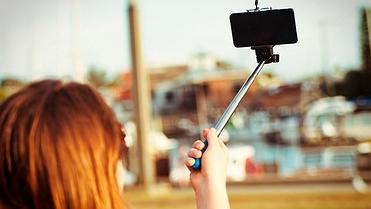 Imprudencias al volante: tomarse un selfie