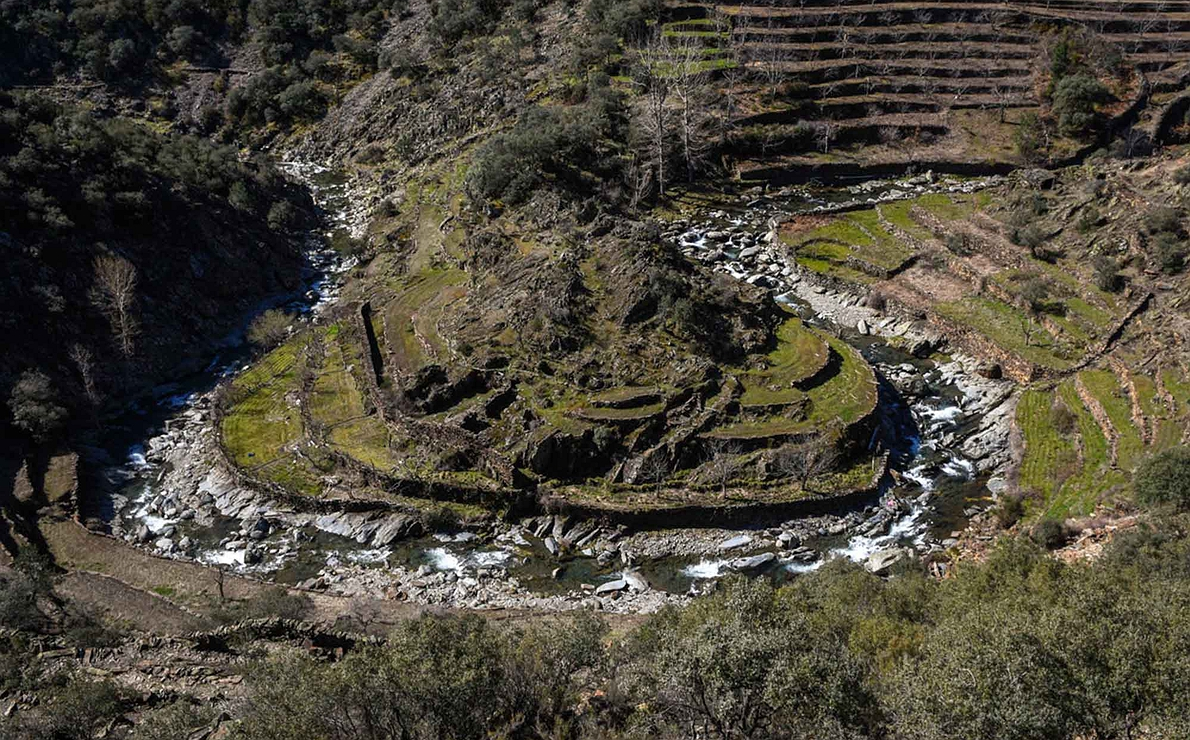 Aguas dulces - Pequeño meandro en la comarca de Las Hurdes (Cáceres)