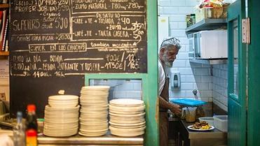 Restaurantes 'Los Chuchis Bar', 'Tragantúa' y 'La pizza è bella' (Madrid)