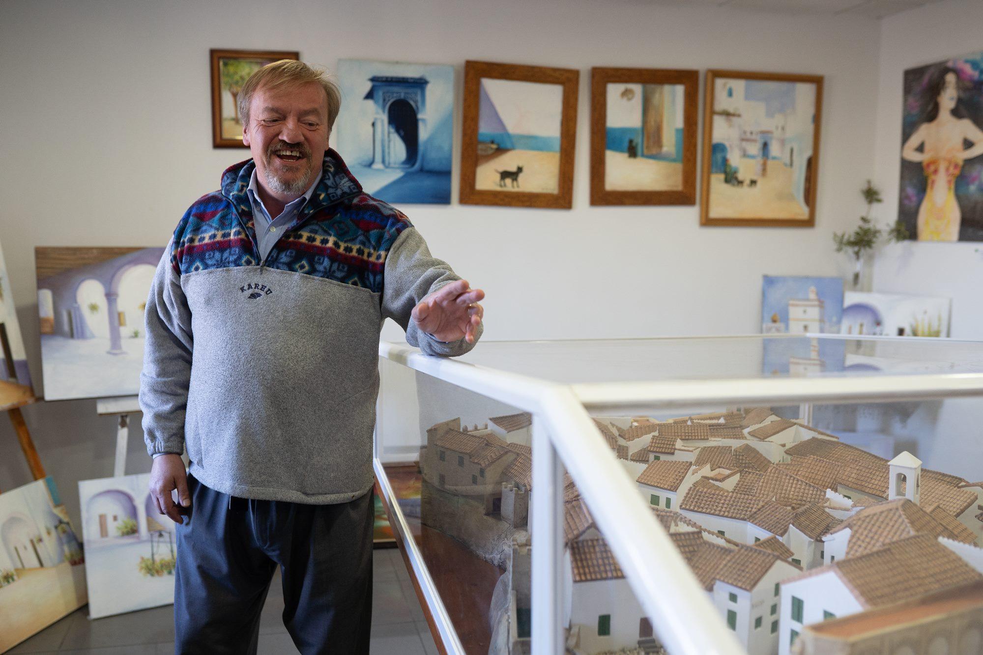 Juan Carlos es uno de los inmigrantes que han encontrado en Castellar un segundo hogar.
