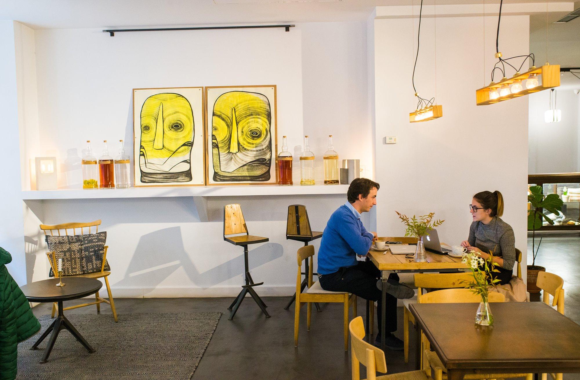 Arte moderno y canariedad en cada esquina. Foto: Máximo García de la Paz.