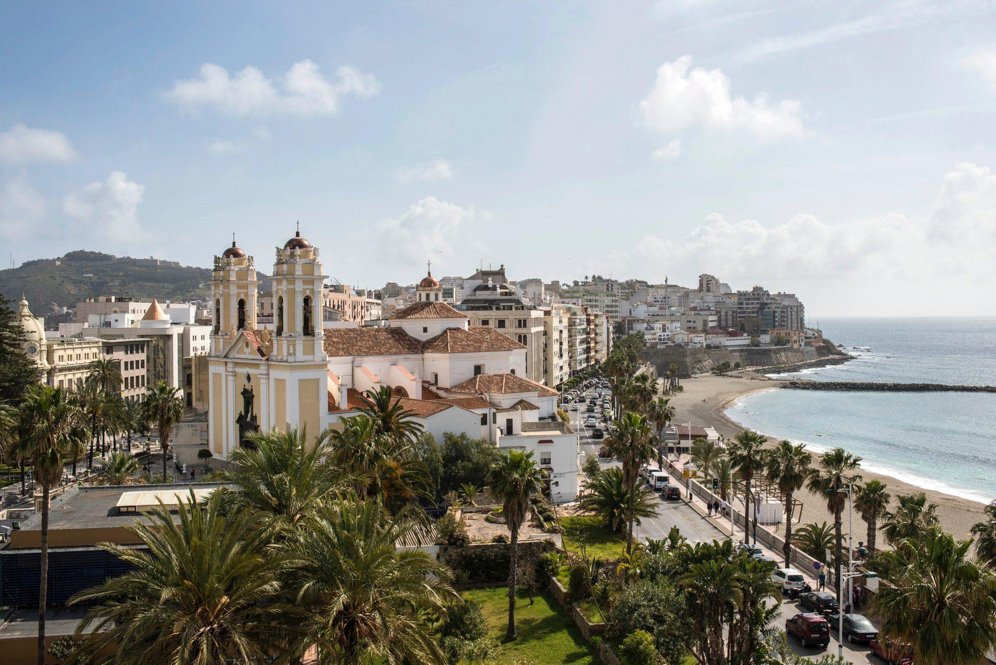 Mirador de Ceuta: Playas de La Ribera y El Chorrillo desde el Baluarte de la Coraza Alta