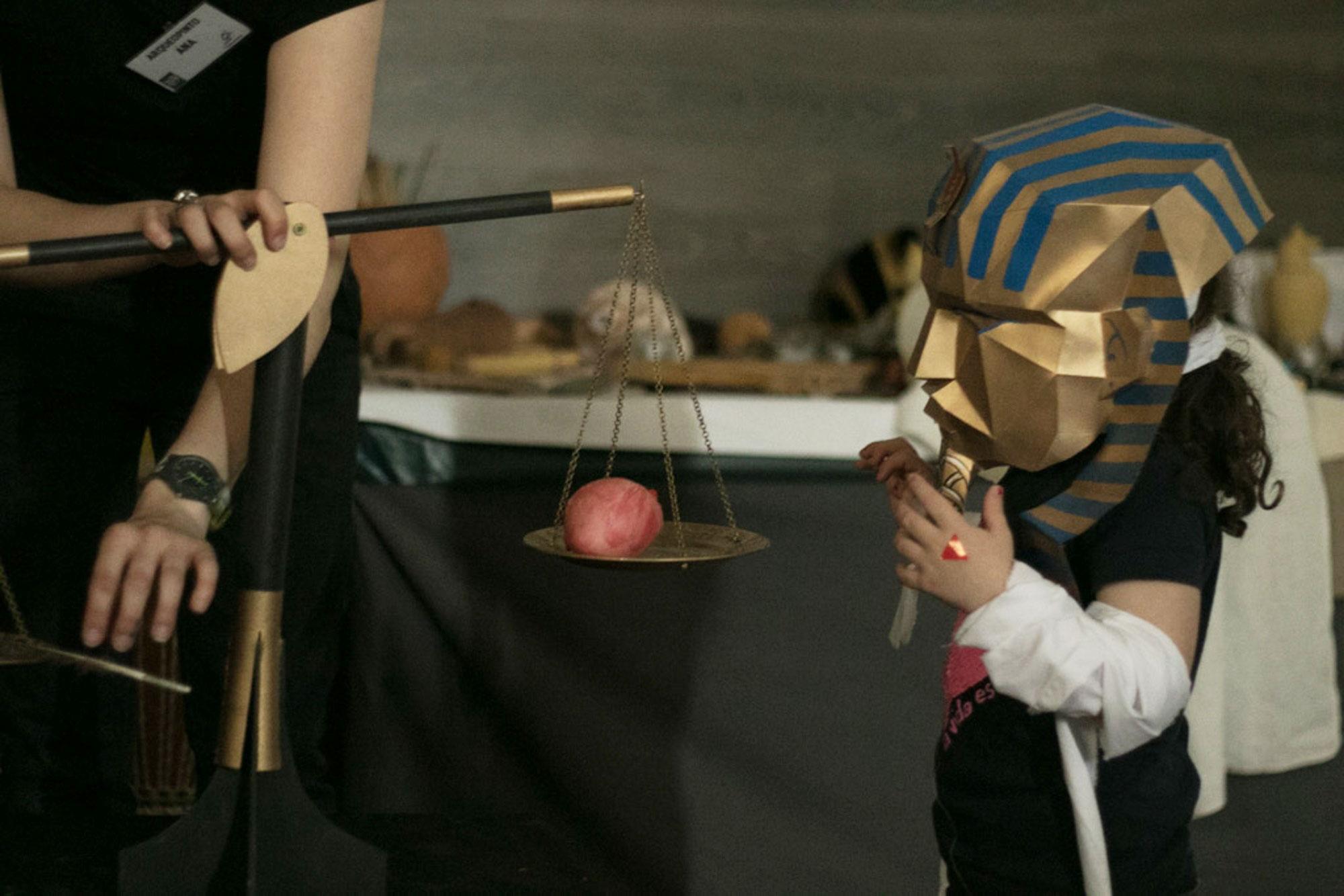 El momento favorito de los más pequeños durante su visita a 'Arqueopinto'.