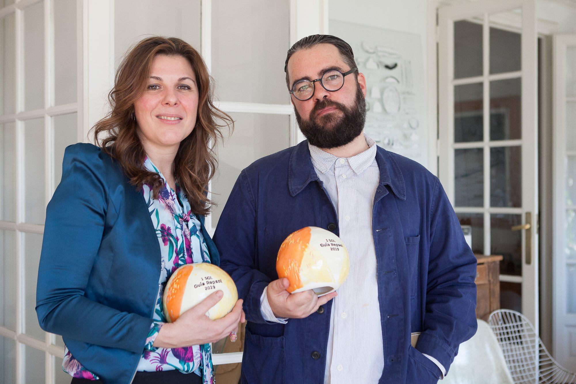 Nuevos Soles Guía Repsol. María Ritter y Luis Úrculo en la presentación de los nuevos galardones