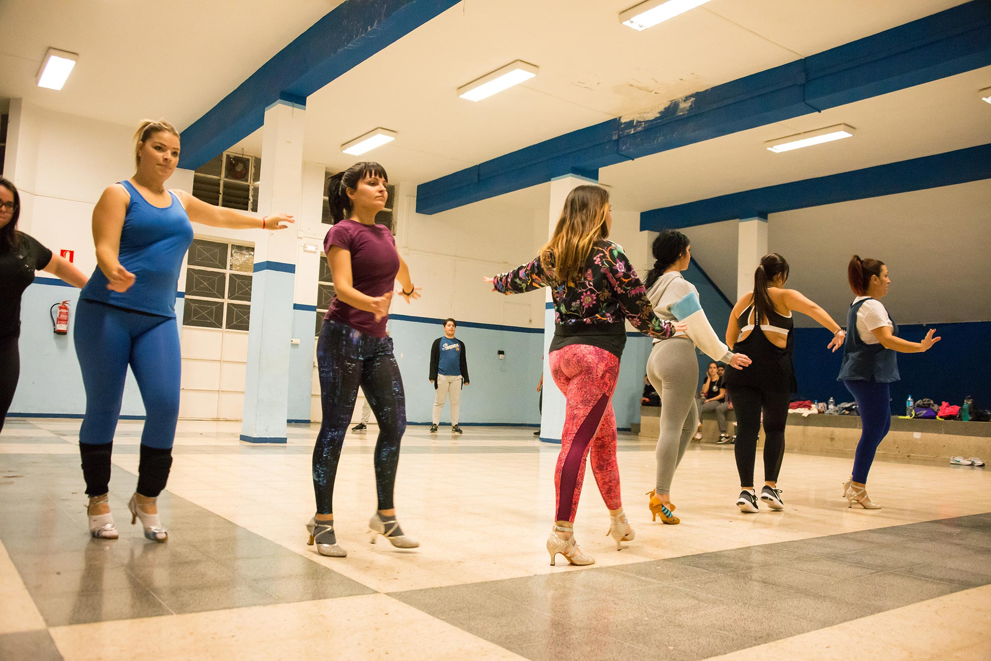 bailar tacones