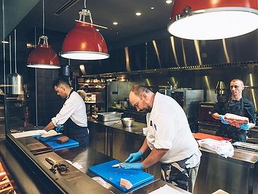 Restaurante Lakasa (Madrid): manitas de cerdo con rabo de toro