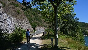 Ruta en bici por el parque provincial de Garaio (Vitoria)