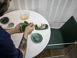 """La importancia de comer """"bien sentado"""""""