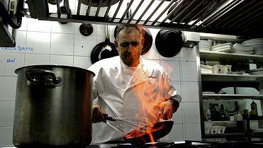 Los restaurantes favoritos de Abraham García ('Luz de luna')