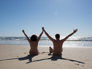 Las mejores playas naturistas de España