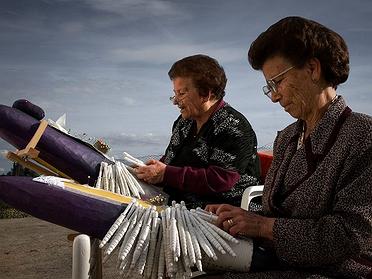 Encaje de bolillos: el buen 'saber hacer' de las mujeres de La Mancha