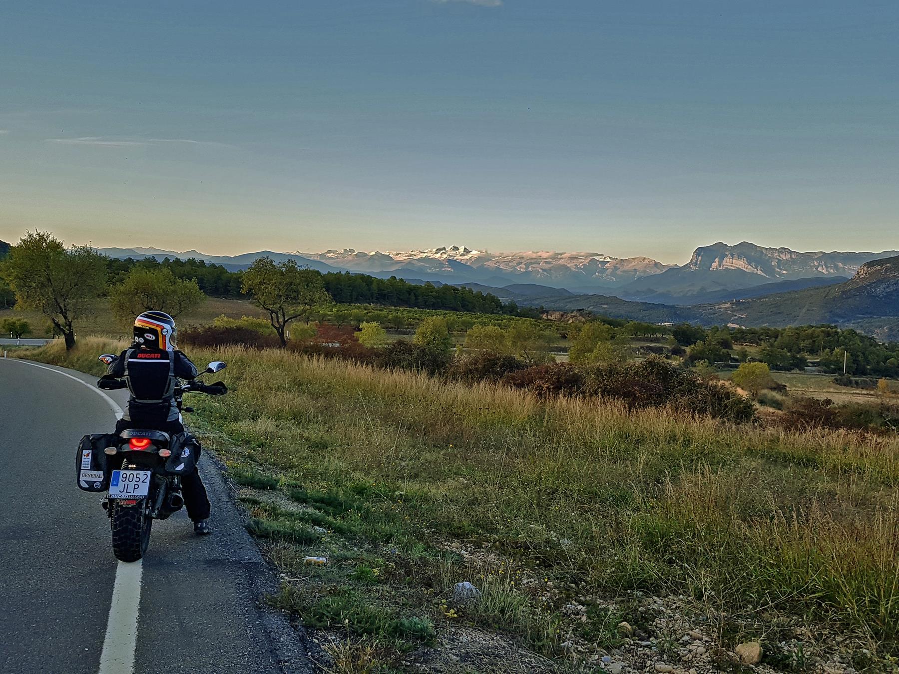 Ruta en moto por Huesca.