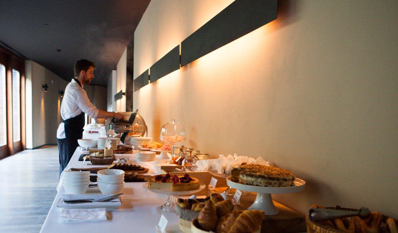 Hotel 'Alma' (Pamplona) - zona de desayuno