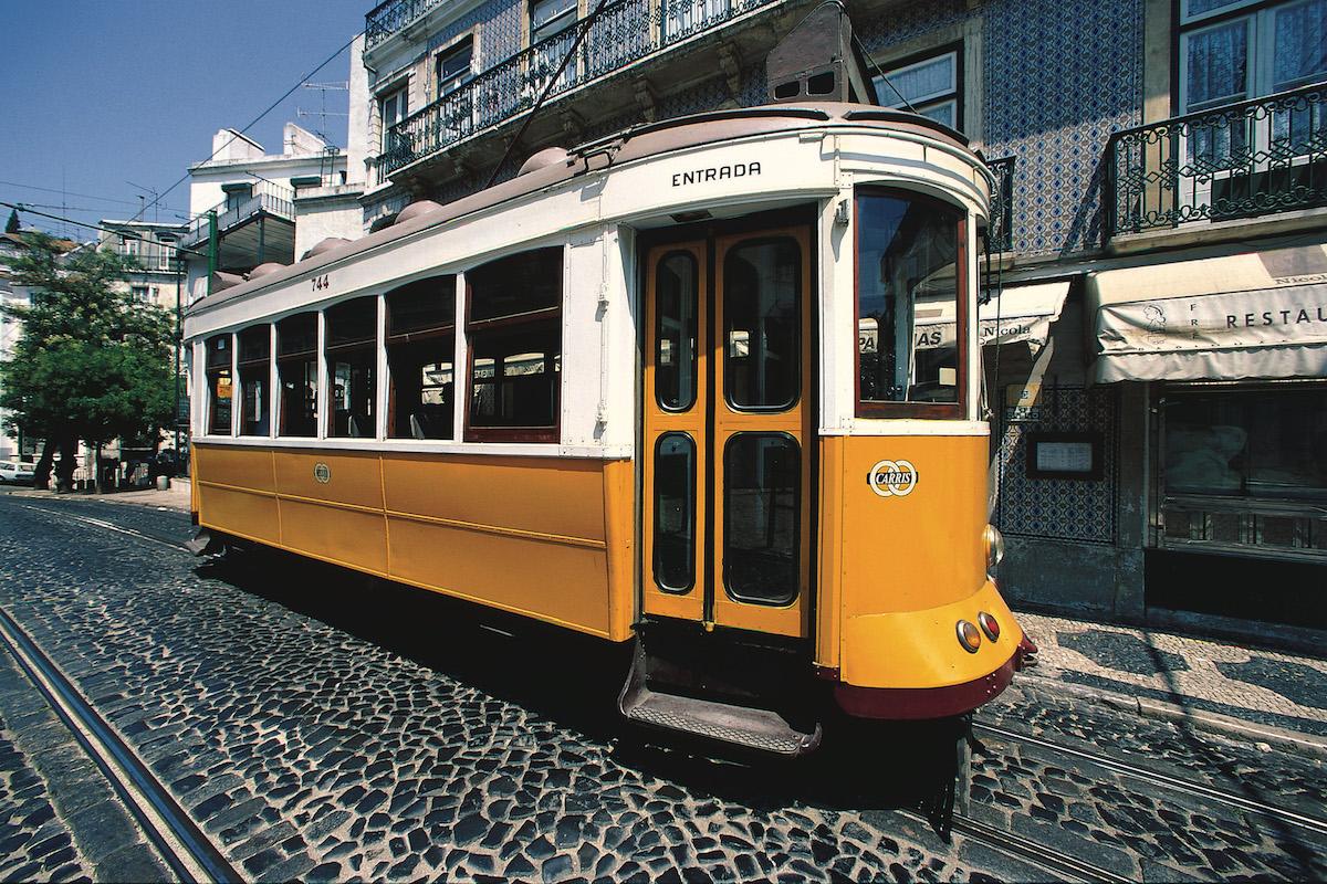 Tranvía de Alfama. Foto: Turismo de Portugal.
