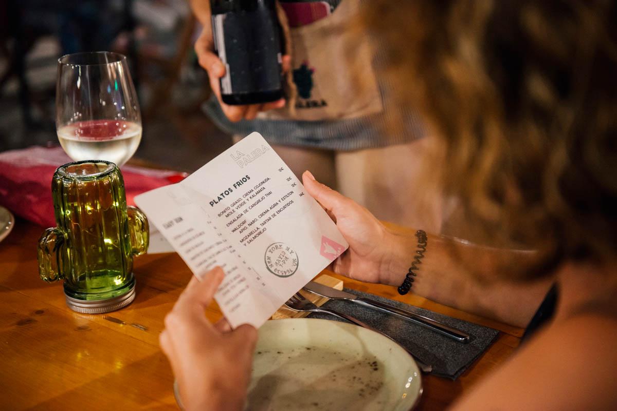 La carta propone unas 20 referencias entre 'easy-runs', platos fríos y calientes.
