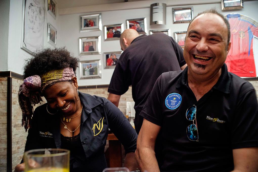 Nico Jiménez se ríe recordando sus inicios junto a su mujer, Yokatis Gusmán.